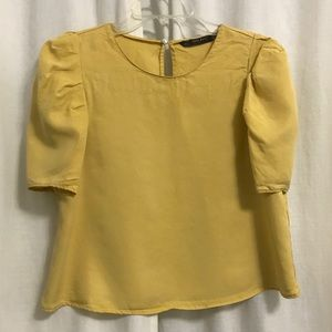 Zara Basic Top with Full Sleeves in Mustard, Small